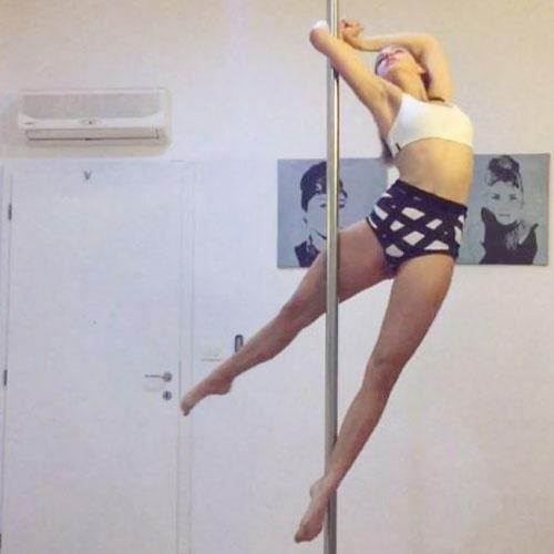 pole dance moves Boomkats polewear 7