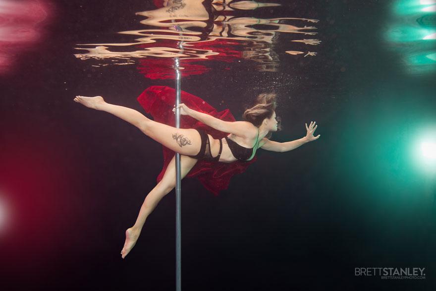 underwater pole dancing Brett Stanley photography boomkats polewear2