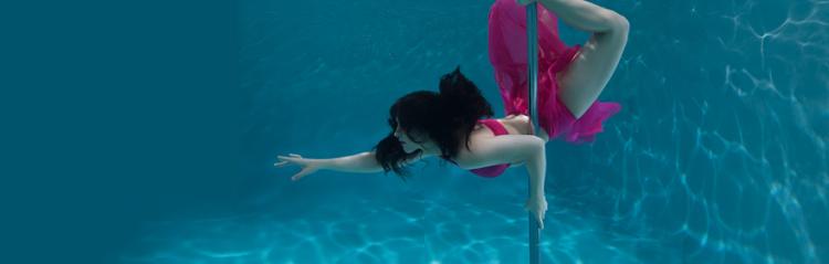 Underwater pole dance boomkats polewear rae marii underwater