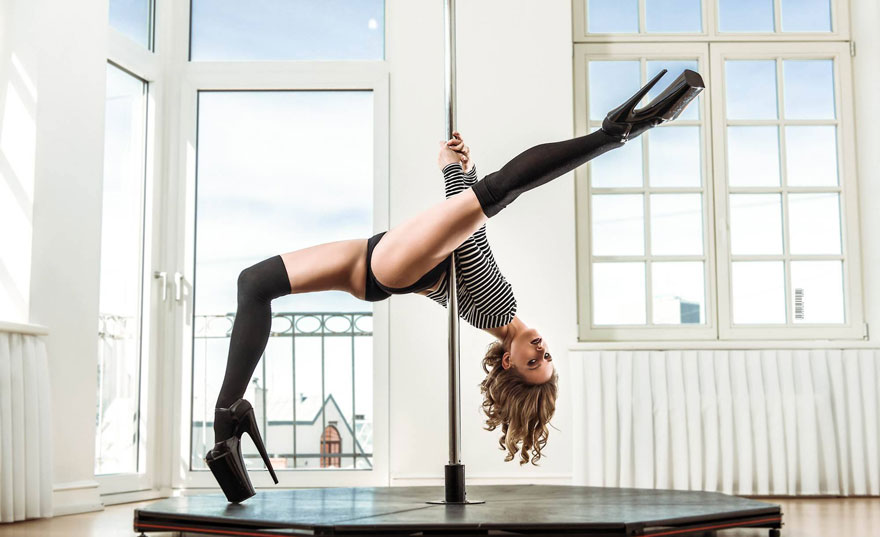 Alyona Amber interview boomkats polewear2
