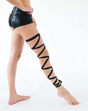 boomkats pole dance accessories leg wrap black 3