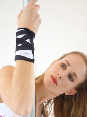 boomkats pole dance wristband 2